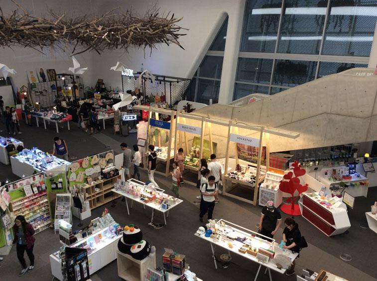 Merchants at Dongdaemun Design Shop