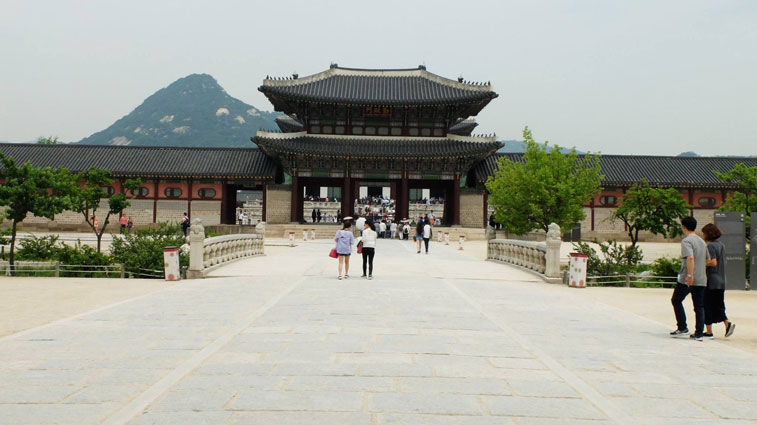 Entrance to Gyeongbokgung Palace
