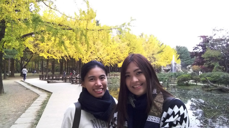 nami-island-with-karen-and-paola
