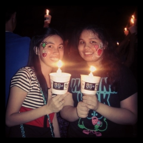 We Support Earth Hour 2013