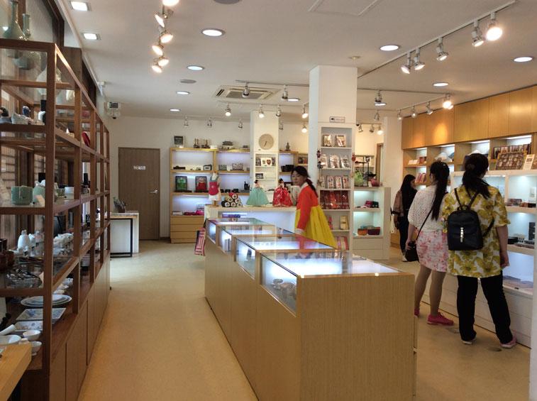 Inside Gyeongbokgung Palace Souvenir Shop