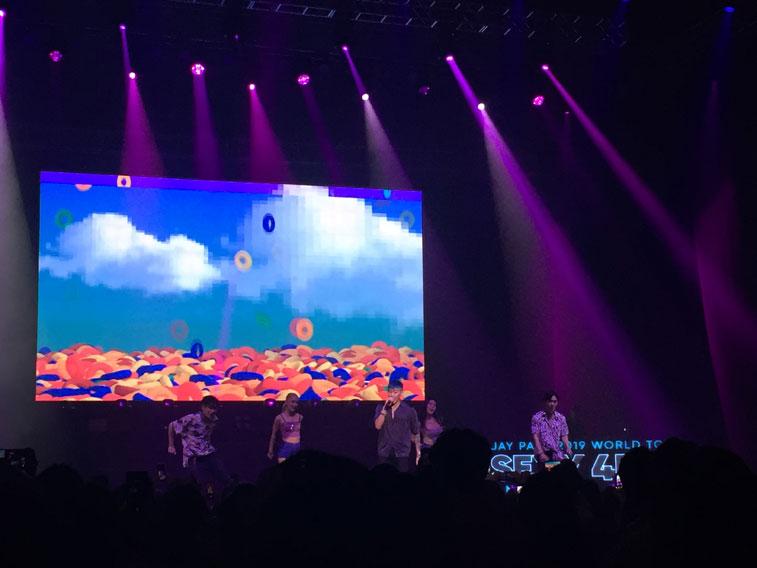 Jay-Park-performing-V